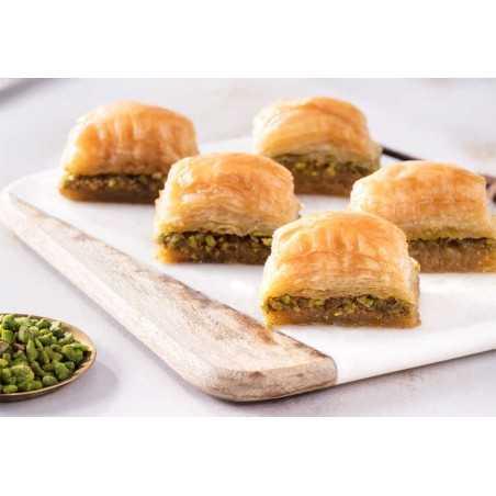 TFG - Hand Made Baklava With Pistachio - 1 Kg - 24-28 Pieces