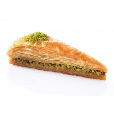 Turkish Food Gurme - Fıstıklı Havuç Dilim Baklava